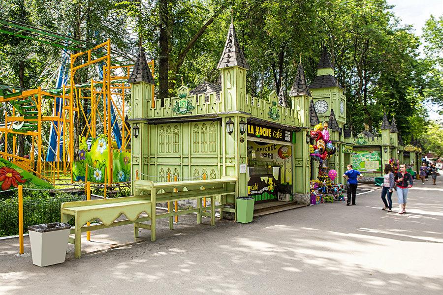 Кафе La Vache в парке Горького в Перми