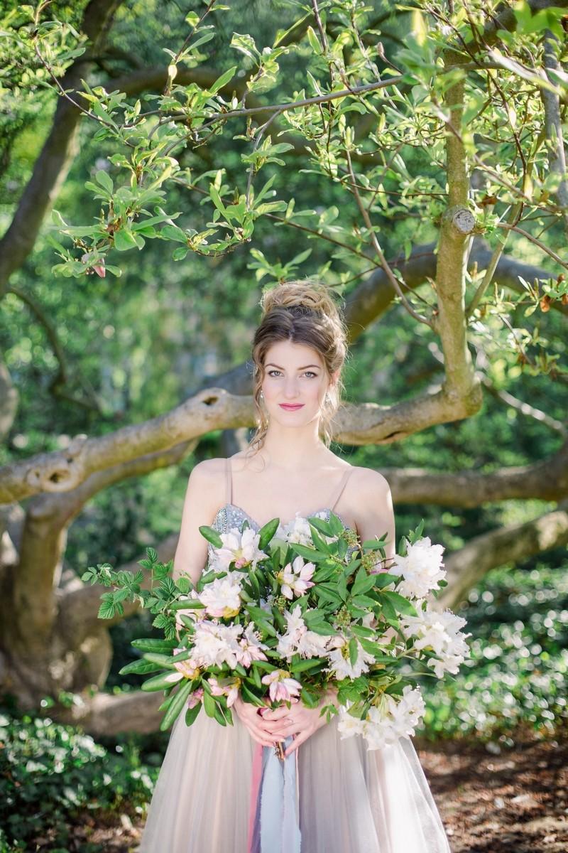 Brides & bridesmaids