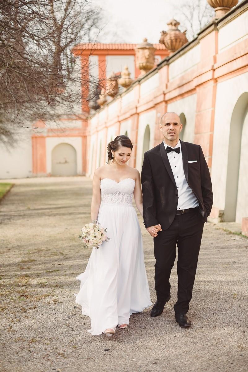 Evgenia & Beri. Troya castle(Prague)